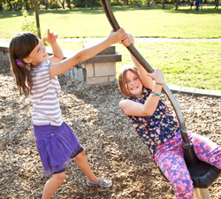 girls-playing_Front_view_250